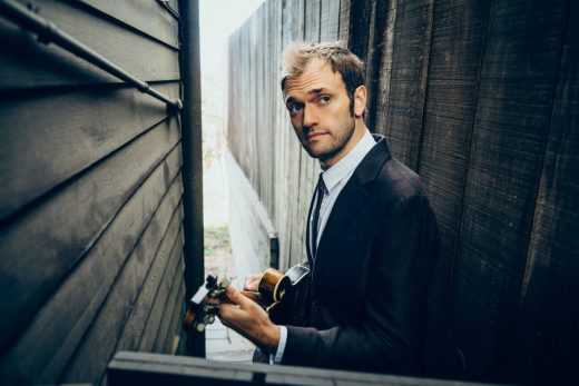 chris thile net worth