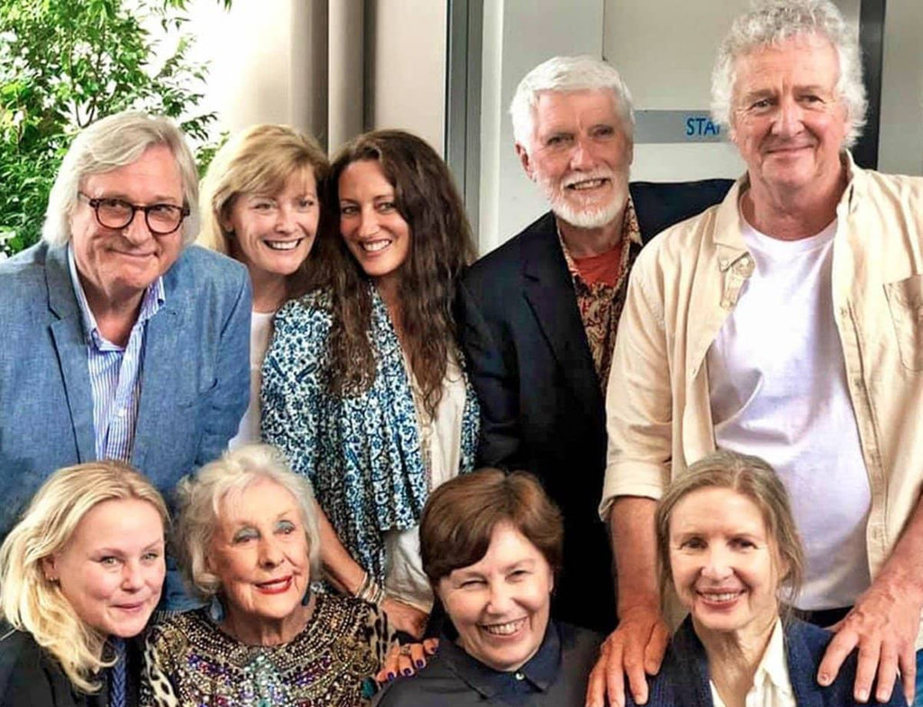 lorrae desmond family