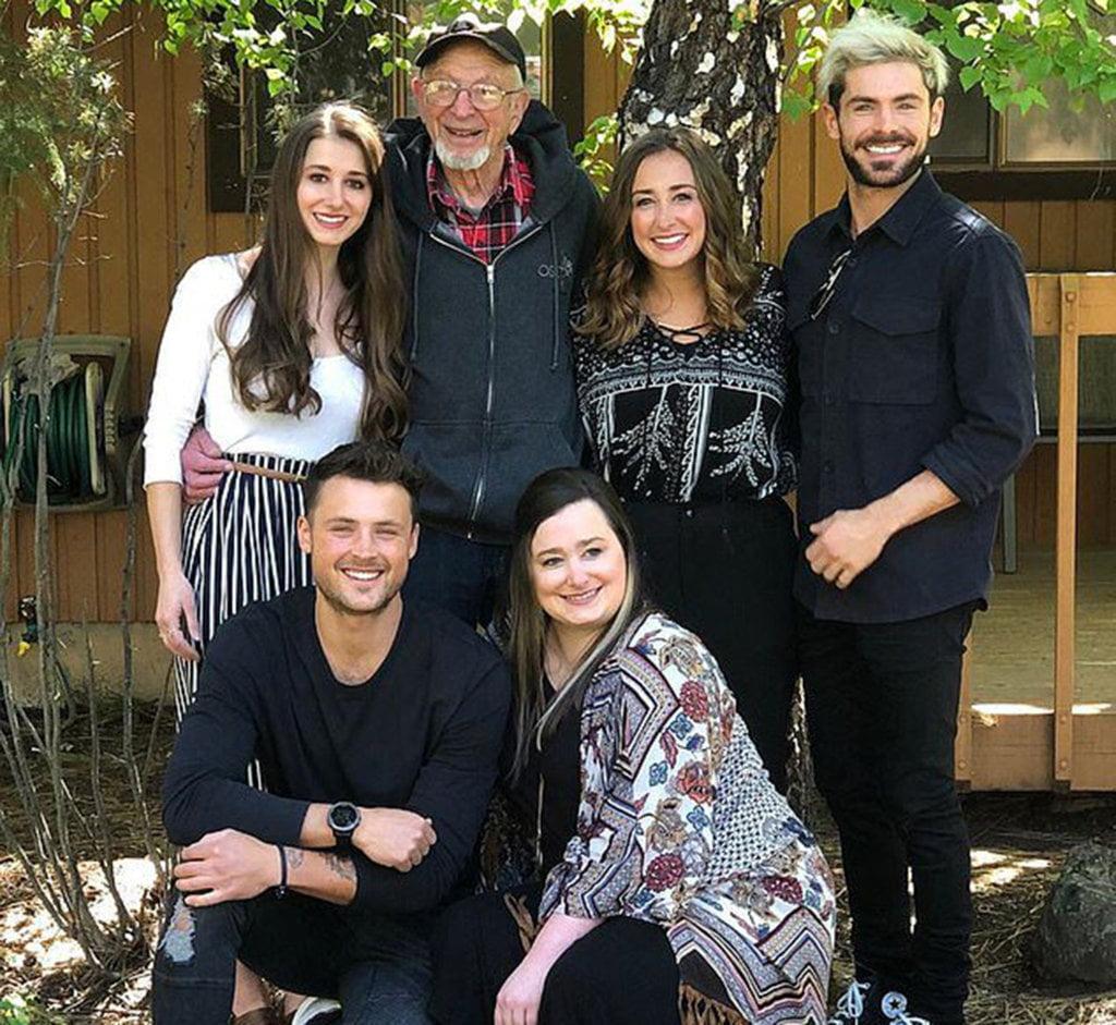 zac efron family