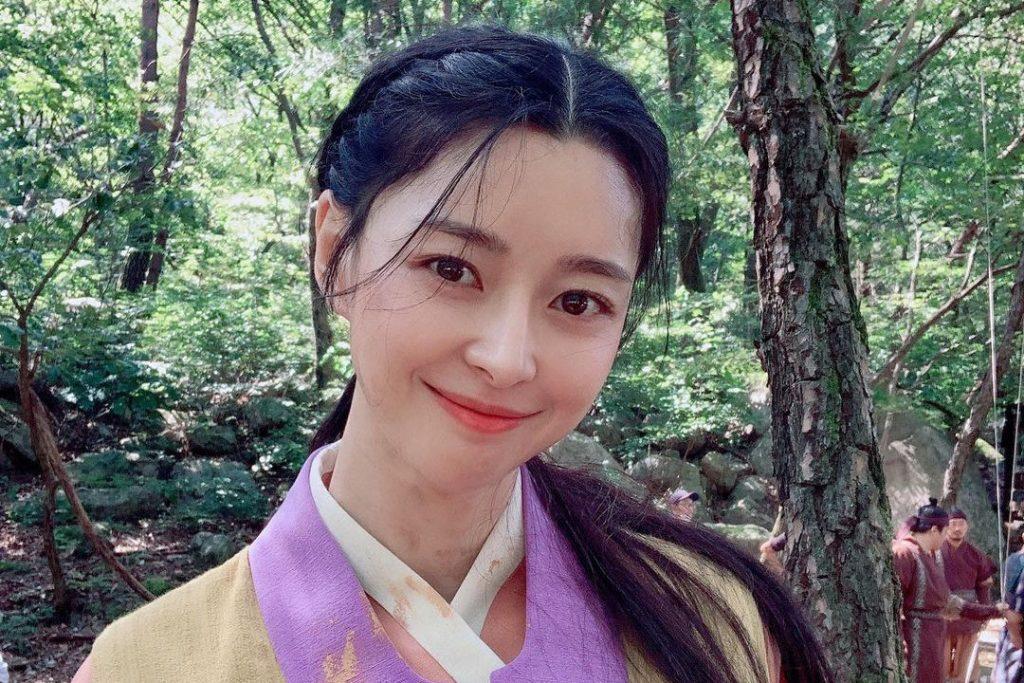 Kwon Nara  Age